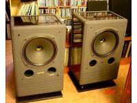 TANNOY DM-8 HIGH END MONITOR SPEAKERS. SUPERB SOUND AND VERY GOOD CONDITION. DUAL CONCENTRIC UNITS.