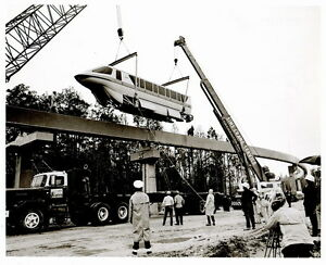 Vintage-DISNEY-WORLD-Monorail-Construction-Photo-8x10-Free-Shipping