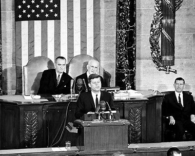 PRESIDENT JOHN F KENNEDY DELIVERS STATE OF THE UNION ADDRESS 8X10 PHOTO (John F Kennedy State Of The Union)