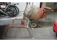 240v cement / concrete mixer for spares or repair