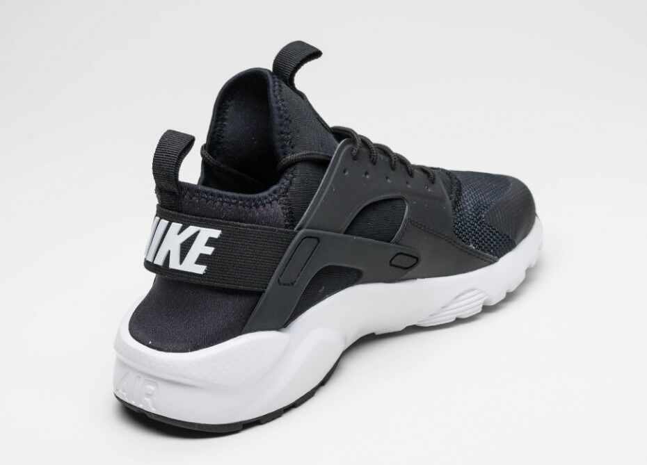 Nike Huarches Run Ultrain Barking, LondonGumtree - Mens Nike Huaraches Run ultra available brand new sizes UK 8 and 9 available. Limited colours available £50 Each or 2 for £40 CONTACT 07496 378208