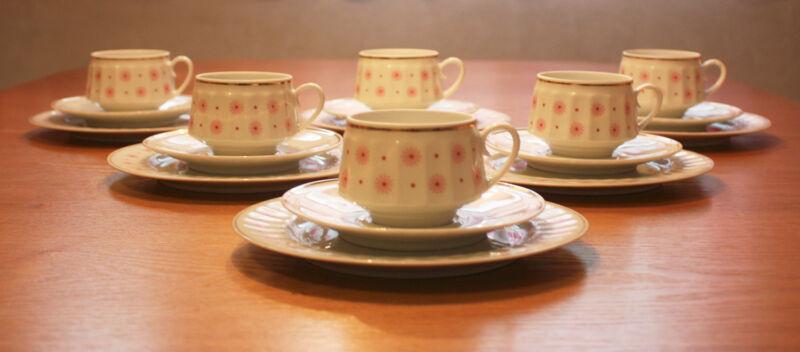 "Vintage, Retro, Arabia Finland,""ROKSANA"" coffee cups and saucers,cake plates"