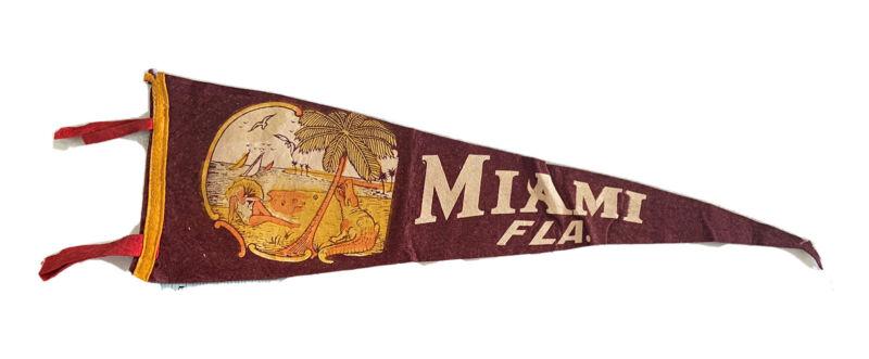 RARE Vintage MIAMI FLA felt Flag Pennant Souvenir Collectors Aesthetic