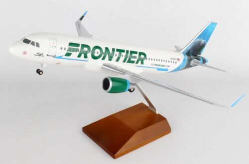 Skymarks SKR8328 Frontier Airlines A320-2 Manatee Desk Top 1/100 Model Airplane