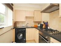 2 bedroom flat in Grange Court, 13-15 Oxford Road, Marston