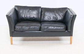 Danish vintage 2 seater black leather sofa by Mogens Hansens