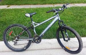 "Mountain Bike for Sale, FULL SUSPENSION, CCM, 21 spd, 16,5-""FRAME,  24X 200 ""-TIRES, SUPER CYCLE,"