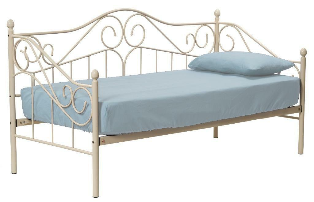 Cream Vintage Style Day Bed Frame Only Unused