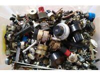 Potentiometers (Pots)/Variable resistors