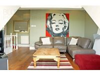 Delux top floor flat-High standard-split-level-Balcony-Large modern kitchen-Spacious living Room