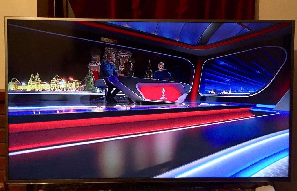 "Samsung UE60JU6800 60"" Ultra HD 4K 3D LED TV ★ Intermittent Backlight  Problem ★ | in Colchester, Essex | Gumtree"
