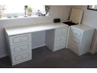 White Coordinated Hammonds Bedroom Furniture