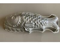Retro fish mould