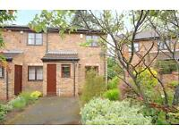 2 bedroom house in Finch Close, Headington, Oxford