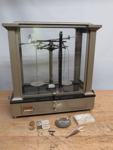 AINSWORTH SCIENTIFIC APPARATUS SCALE PRECISION BALANCE CHEMIST JEWELER EXCELLENT