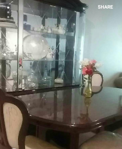 Beautiful table and a exhibition table both for only $560