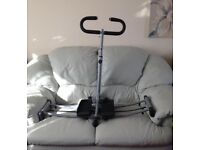Fitness leg/thigh exercise machine
