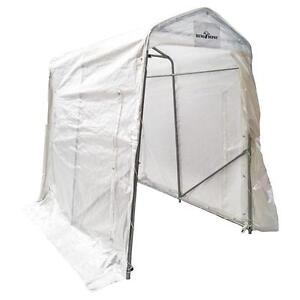 5ft x 8ft Plastic Shelter West Island Greater Montréal image 1
