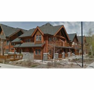 PEKA MANAGEMENT HAS A 1 BEDROOM CONDO IN CENTRAL BANFF