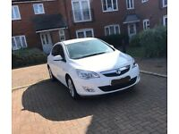 2011 white Vauxhall Astra automatic