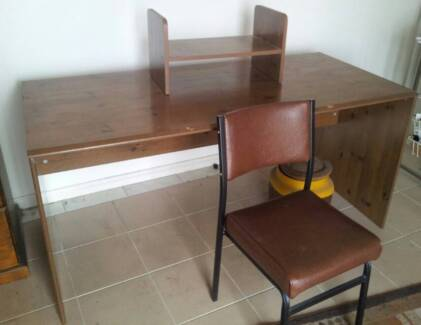 BEAT THE SCAVENGERS GET THIS DESK NOW Hornsby Hornsby Area Preview