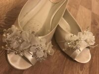 Paradox London white satin crystal peep toe wedding flat shoes - EU 38 (UK 5)