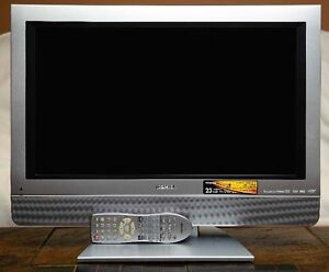"""Toshiba 23"""" LCD TV with built in DVD player and Remote control"""