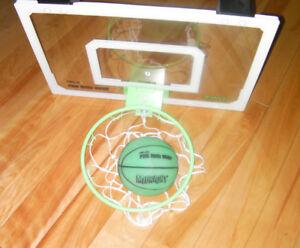 Mini Hoop (basketball) Hang on top of door
