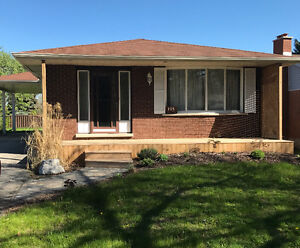 Bungalow for Rent in Stanley Park