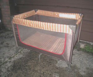 Good clean condition Cosco Baby Playpen
