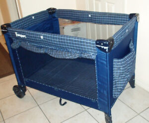Cosco Funsport Play Yard with Bassinet