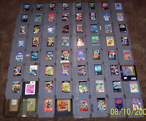 35 NES Nintendo Boxed and Loose Games. Mario 1, 2 and 3