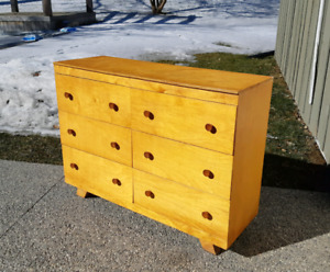 Small Double Dresser *Delivery Available*