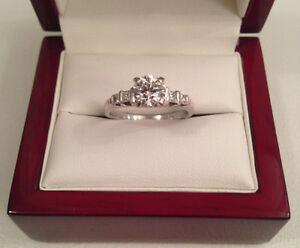 Save $6385 0.94TCW,Centre Diamond 0.74ct, VVS2, F, Excellent Cut