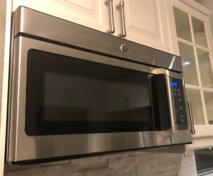 SELLING:  GE Cafe Over-The-Range Microwave Oven