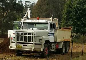 FOR SALE:  INTERNATIONAL S-LINE TIPPER - INTERCEPTOR MK2 SF2670 Kurrajong Hawkesbury Area Preview