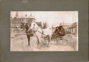 STREET-SCENE-WITH-WOMAN-RIDING-HORSE-DRAWN-CARRIAGE-ORIGINAL-VINTAGE-PHOTO