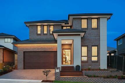 Grand and Spacious Family Living in Kellyville