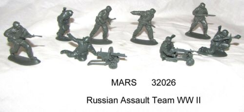 Mars 32026 1/32 Russian Assault Troops WW II toy soldiers 15 figs in 8 poses