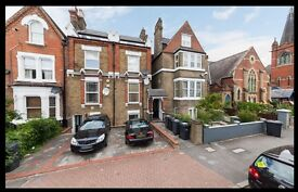 3 Bed flat Opposite Streatham common