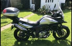 Suzuki dl650 v-storm xt motorbike