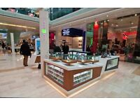 Selling mobile phone accessories in our kiosks in Westfield London shopping centre; very high pay
