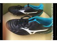 Brand New size 9 rugby boits