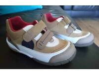 BRAND NEW Superfit Infant Size 8 (25) Shoes