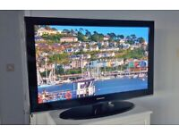 """42"""" SAMSUNG HD READY PLASMA TV BUILT IN FREEVIEW REMOTE CONTROL & SWIVEL STAND WITH FREE DELIVERY"""