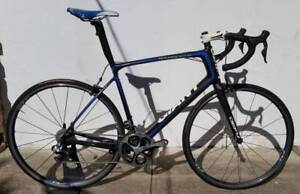 Giant Defy Advanced SL0. L. Dura Ace Di2 11speed!. P-SLR1 Whls. Dulwich Hill Marrickville Area Preview