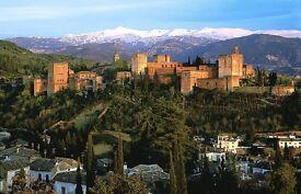 Women ... 30 to 40 ( age ) .. Granada, Spain.