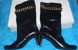 Brand New Abro Patent Look With Gold Chain Boots Size 7