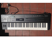 Yamaha DX7S Classic Vintage Digital FM Synthesiser Synth
