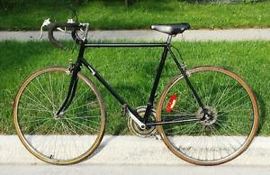 """Road Bike For Sale 23 """"INCH FRM. 10-SPD, 27-TIRES RALEIGH"""
